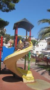 L'Ametlla-play-area